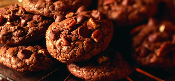 Chocolate Chip Pecan Cookies... i used oatmeal instead of chocolate chips.  Good but i prefer a crunchier cookie.  -kk
