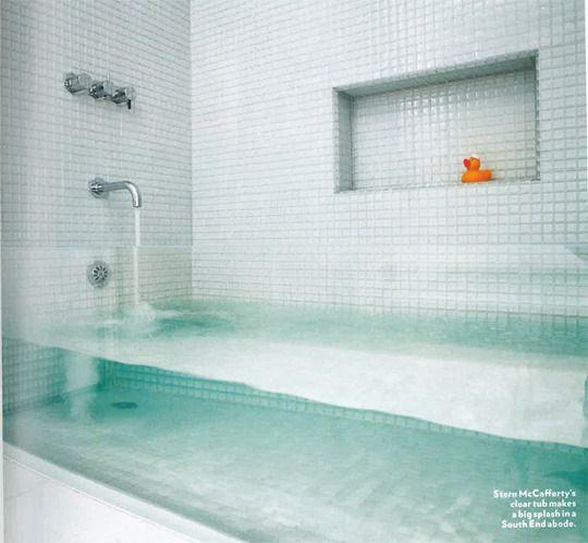 Transparent bath tubBathroom Design, Ideas, Glasses Tile, Clear Glasses, Bath Tubs, Fish Tanks, Bathtubs, Dreams House, Design Bathroom