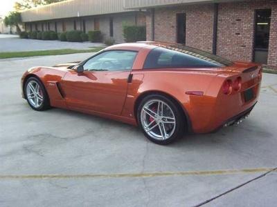 2007 Atomic Orange Corvette Z06 7.0 Liter 427 For Sale