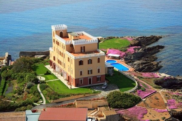 #Villa overlooking one of the most beautiful gulfs of #Sardinia. #Sea #Dream #Relax #Luxuryhome