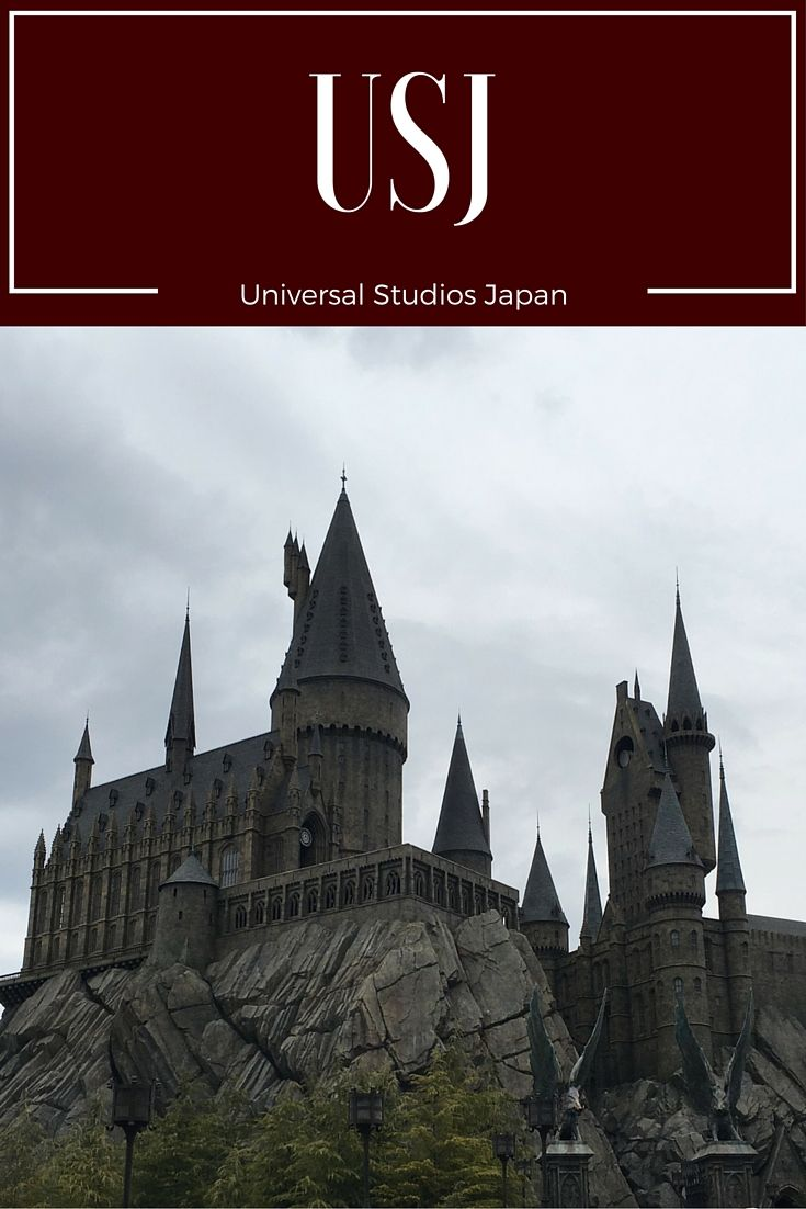 Best and worst rides of Universal Studios Japan! Tips and where to go and where to eat!    http://travellingsisters.com/universal-studios-japan/