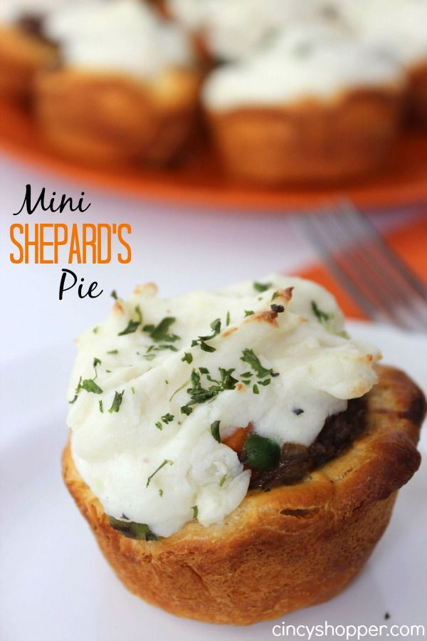 Mini Shepard's Pie Recipe. These were a HUGE hit with my family. Plus... so simple to make.