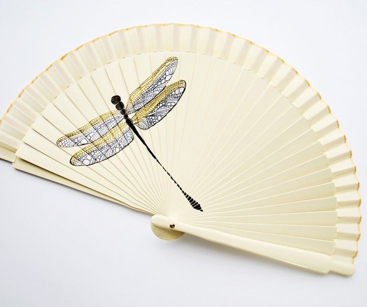 Gigihandfans-dragonfly-1