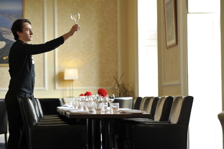 The restaurant with views of the putting green is open for events, private dining, lunches, dinners and afternoon teas for both members and non members   http://exetergcc.co.uk/events/our-venue