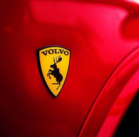 Клубная геральдика Volvo в виде эмблемы с лосем Вольво, на жёлтом фоне, размер 6х8 см,самоклеющаяся подробнее на сайте интернет магазина http://snstuning.ru