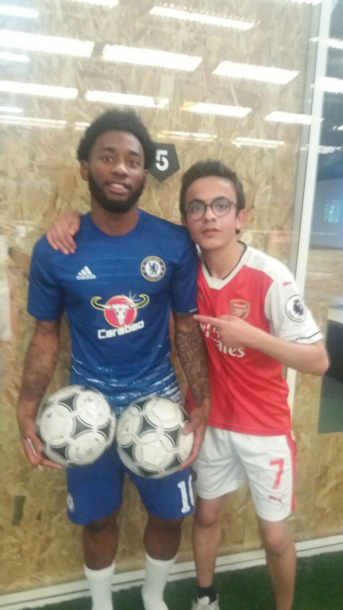 Georges-Kévin N'Koudou has apologised to Tottenham Hotspur fans after being snapped wearing a Chelsea shirt