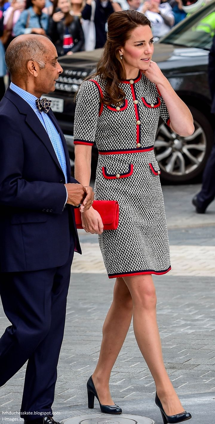 Duchess Kate Kate Channels Jackie O In Gucci Mini Dress For V A Museum Exhibition Road Openin Kate Middleton Style Outfits Kate Middleton Style Duchess Kate