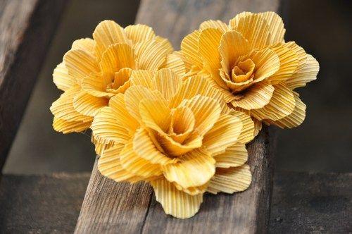 Tuberose Boneflower Made of Eco friendly Corn Husks