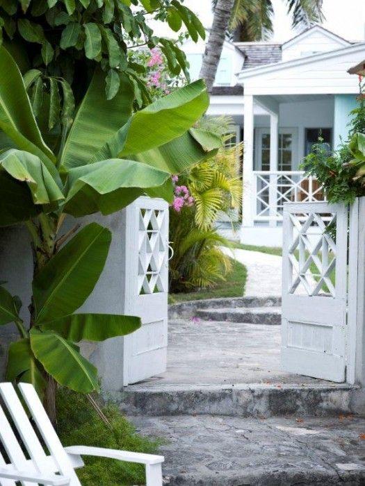 The perfect Bahamas beach house / 5 BR #caribbean #vacation #rent