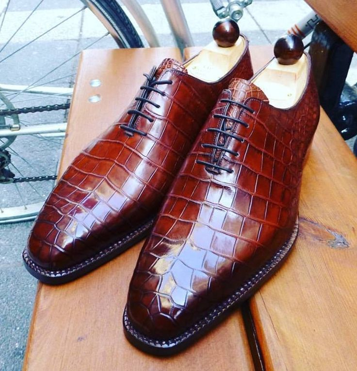 Black Artioli Alligator Shoes