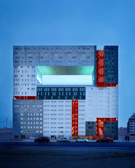 MVRDV, Edificio Mirador, social housing in Madrid, Spain. 108 dwellings