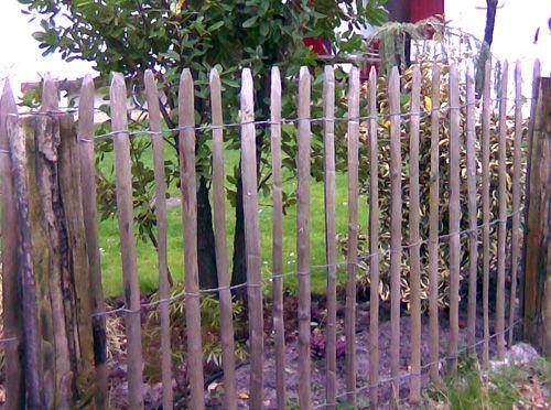 Les 30 meilleures images propos de mehaud sur pinterest planters plantes vivaces et chalets - Idee occultation jardin ...