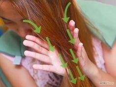 Imagen titulada Apply Castor Oil for Hair Step 11