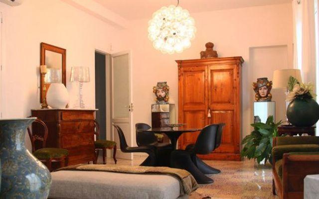 """Design e stile. Nuove idee per la casa Progetto di interior design in un appartamento di Barcellona Pozzo di Gotto, provincia di Messina. La sezione """"le vostre case"""" racconta l'abitazione dei lettori. All'interno del blog potrete consulta #interiordesign #architettura"""