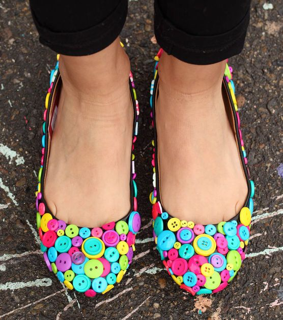 Make your own button flats |#DIY Button Shoes | via @Penny Harrington Create