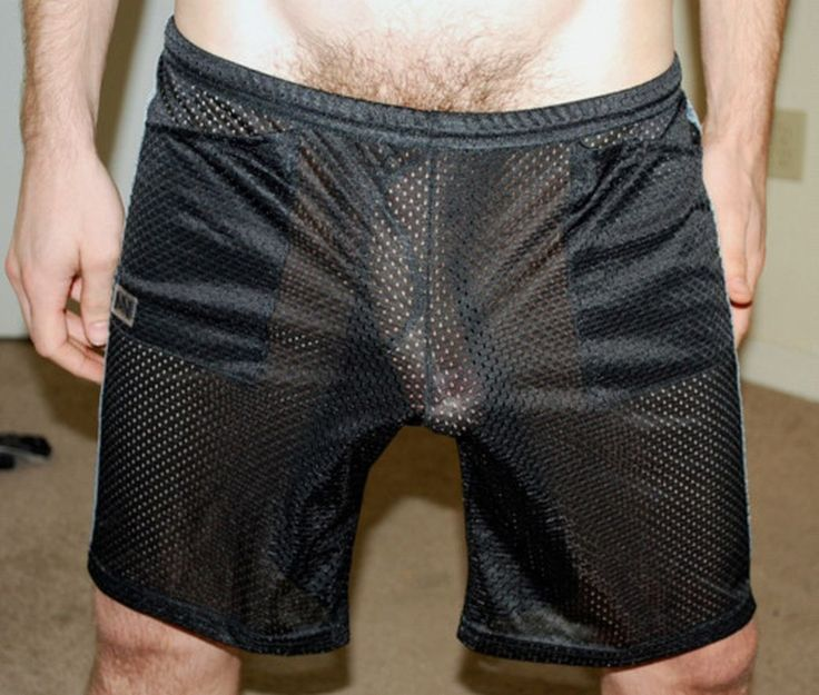 Sexy Guys in Shorts http://www.manwink.com/blog/?q=pretty+men+in ...