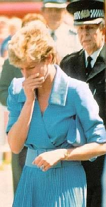 1992 - Under pressure, Diana in public breaks down in tears after Andrew Morton's shocking book excerpts are leaked in the press. At that time, Diana vehemently denied to Charles and to the Queen's private secretary, Robert Fellowes (her brother-in-law, married to sister Jane) that she cooperated with Mr. Morton.