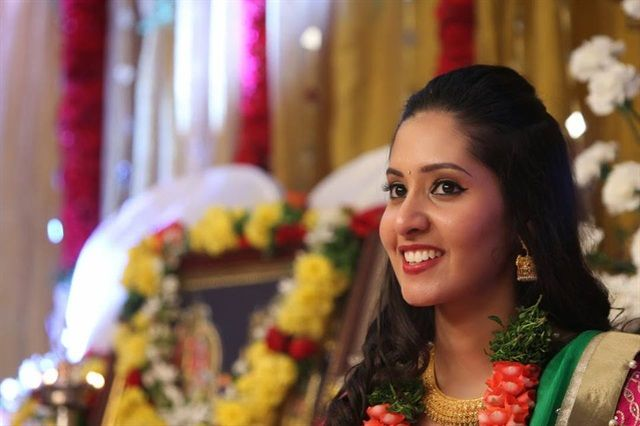 Find the top 5 #bridalmakeupartists in Hyderbad with @flatpebble