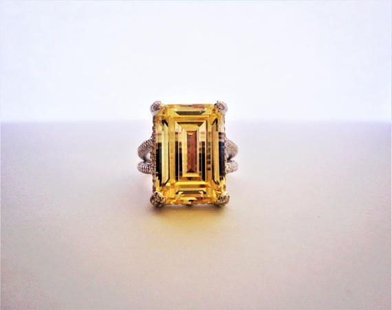 9.13ct Emerald cut Yellow lab Diamond. 925 Sterling Silver