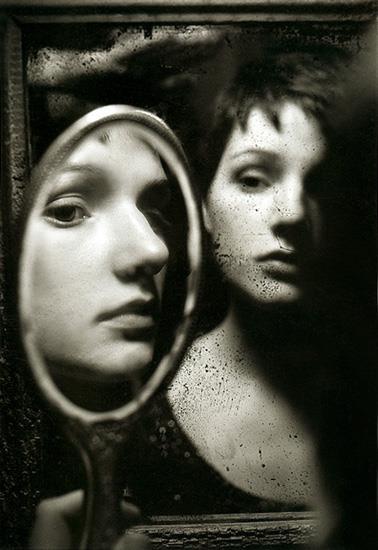 122 best images about reflet dans le miroir face face for Reflet dans le miroir