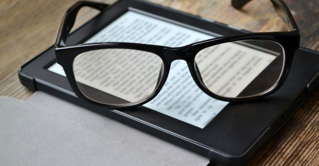 Secret tips and tricks to help you make the most of your Kindle experience. Including how to get free bestselling ebooks!