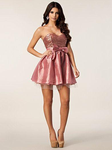 Tafetta Bandeau Dress - Elise Ryan - Roze - Feestjurken - Kleding - Zij - Nelly.com ||