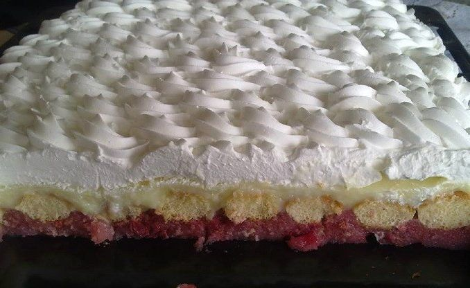 Čerešňový smotanový koláč - Receptik.sk