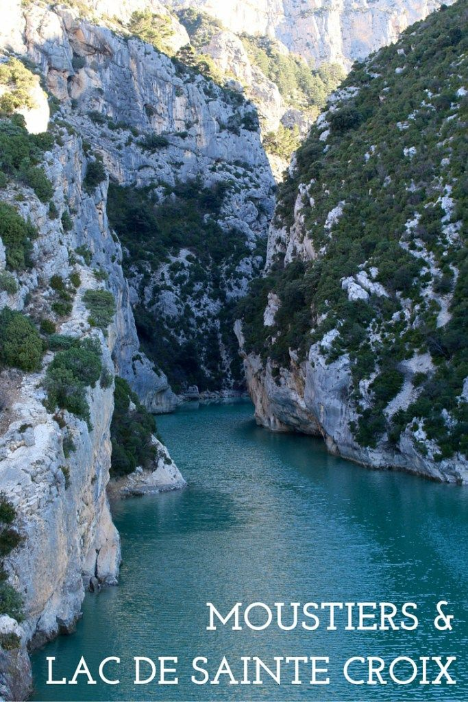 Moustiers Sainte-Marie and the Lac de Sainte Croix are two must stop stops in Provence, France!