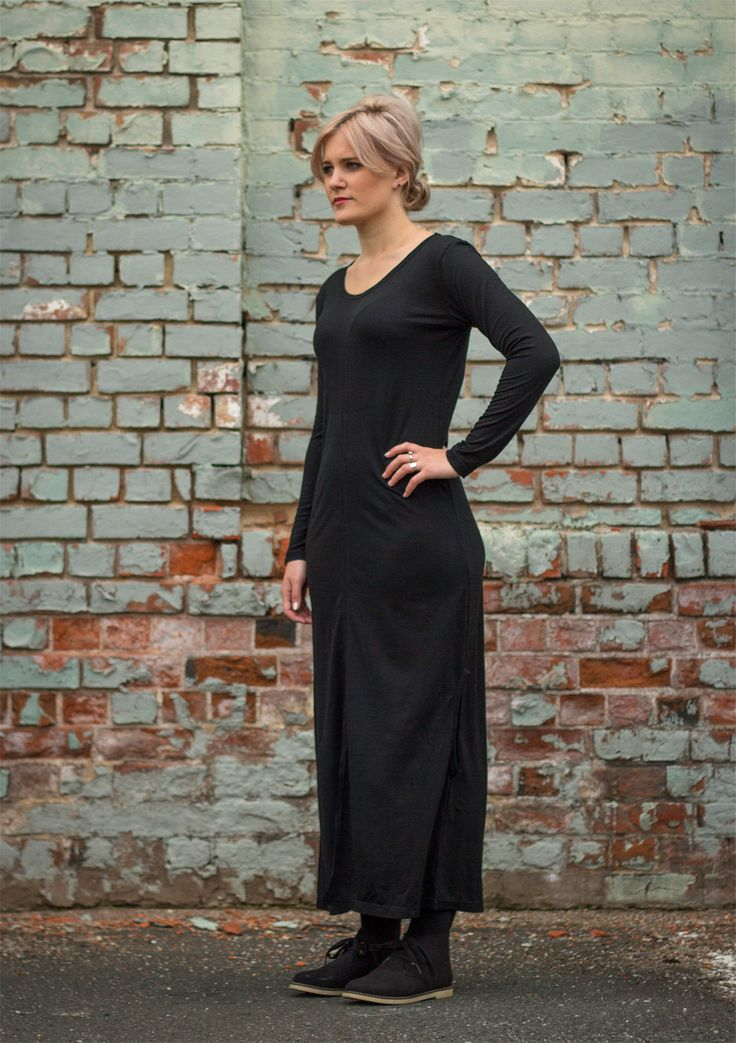 Day Five: This elegant black 100% merino wool dress from Dunedin designer Ulala is has a secret super power – you can neatly shrink it up to become a warm top instead! We've found a fab necklace from Chic Boutique to accessorise » http://felt.co.nz/blog/2014/10/05/frocktober-day-5-ulala/