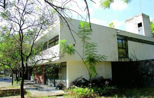 Fue demolida la Casa Aguilar Figueroa, emblema del movimiento moderno en Guadalajara