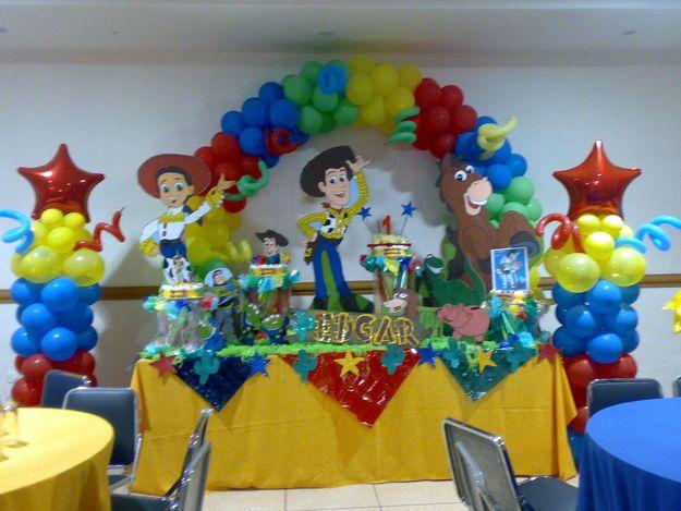 Arreglos De Mesa De Toy Story Para Fiestas Infantiles Imagui Toy Story Birthday Toy Story Party Party Toys