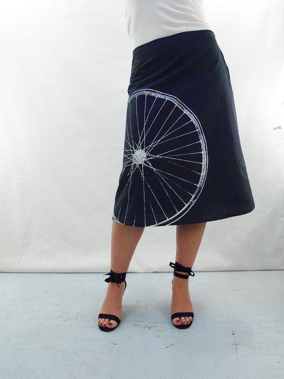 Dieser Fahrrad-Stoff gedruckt Rock ist etwas Besonderes für mich. Es ist eine Hommage an einer meiner ältesten Freunde, die immer da ist wenn ich