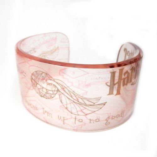 Harry Potter Cuff Bracelet: I can't actually find this one for sail but I like the style
