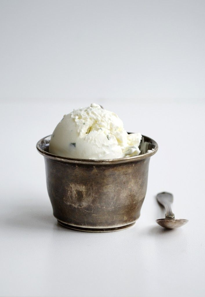 Mascarpone Ice Cream with Mint --- A creamy and delicious ice cream made with mascrapone, Greek yoghurt and honey with a hint of mint.