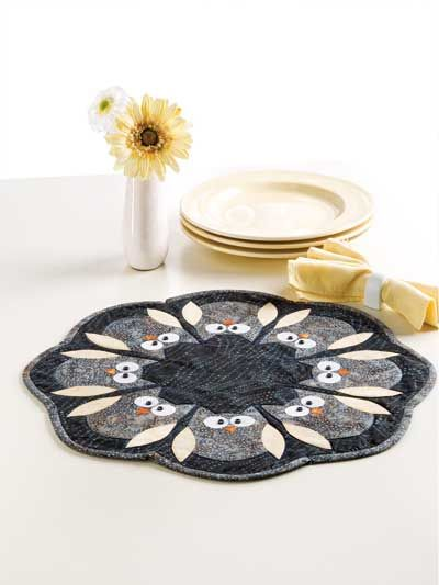 Circle of Owls Table Topper Pattern from www.anniescatalog.com so cute!