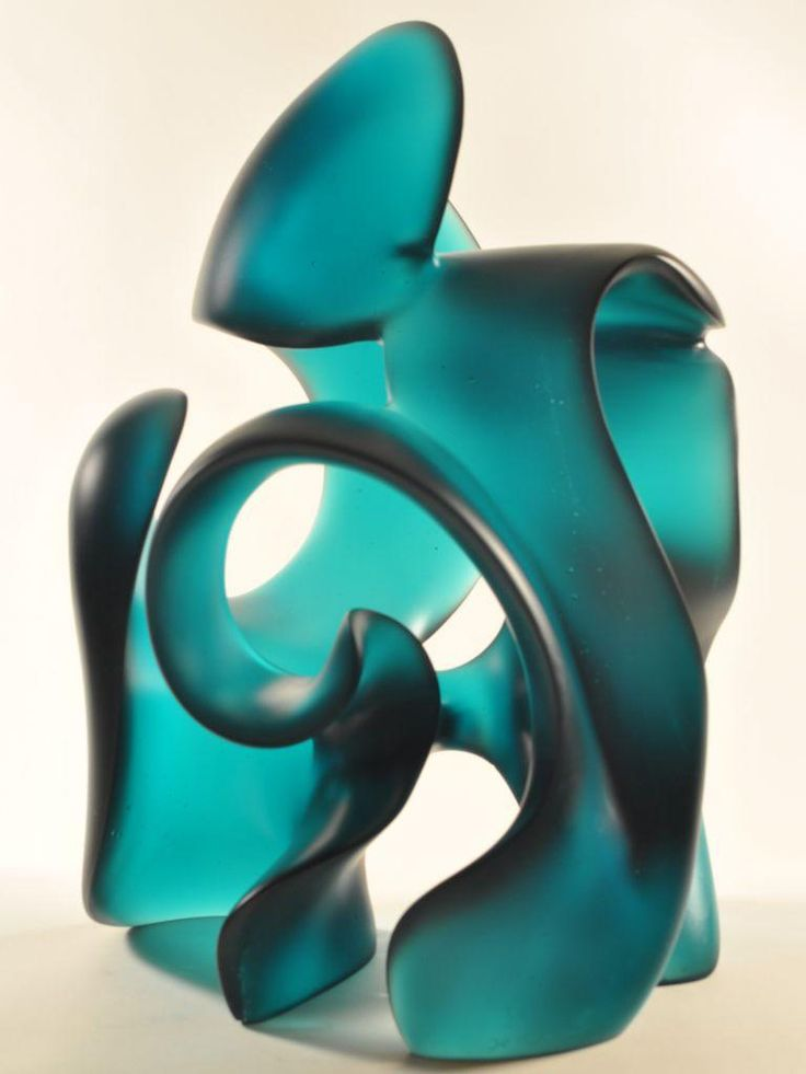 Motion driven glass sculpture, Splash, new abstract glass art by Harry Pollitt. Preview the luminous sweeps and curves of his glass sculptures online.