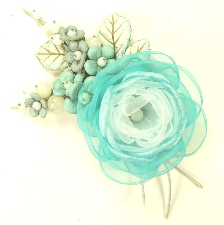 Купить Облачная Сакура. Брошь с цветами из ткани и натуральной кожи - бирюзовый, светло-голубой, голубой