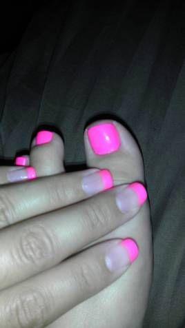 hot pink toes and hot pink shalak tips