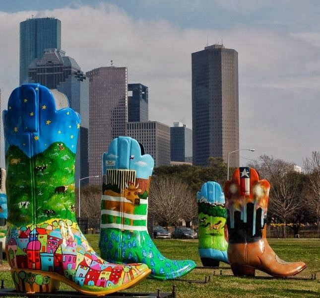 Skyline Apartments Houston: You Know Your In Houston When You See These Boots In 2019