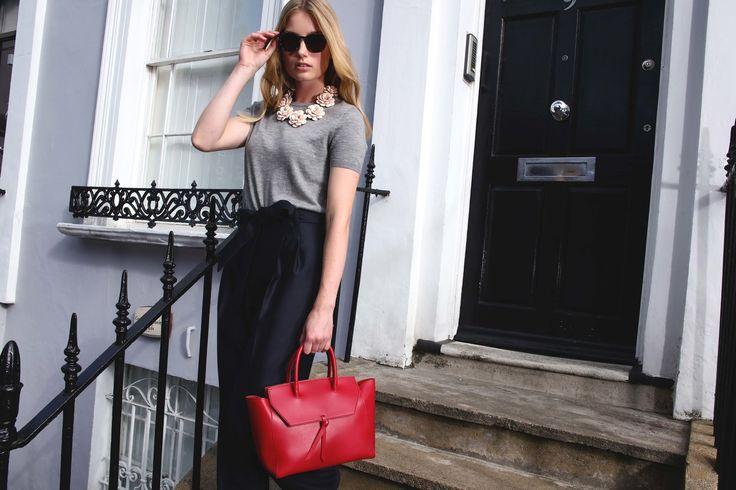 Alexandra de Curtis Fall Winter 17/18 Midi Loren Tote in Red | #totebag #officewear