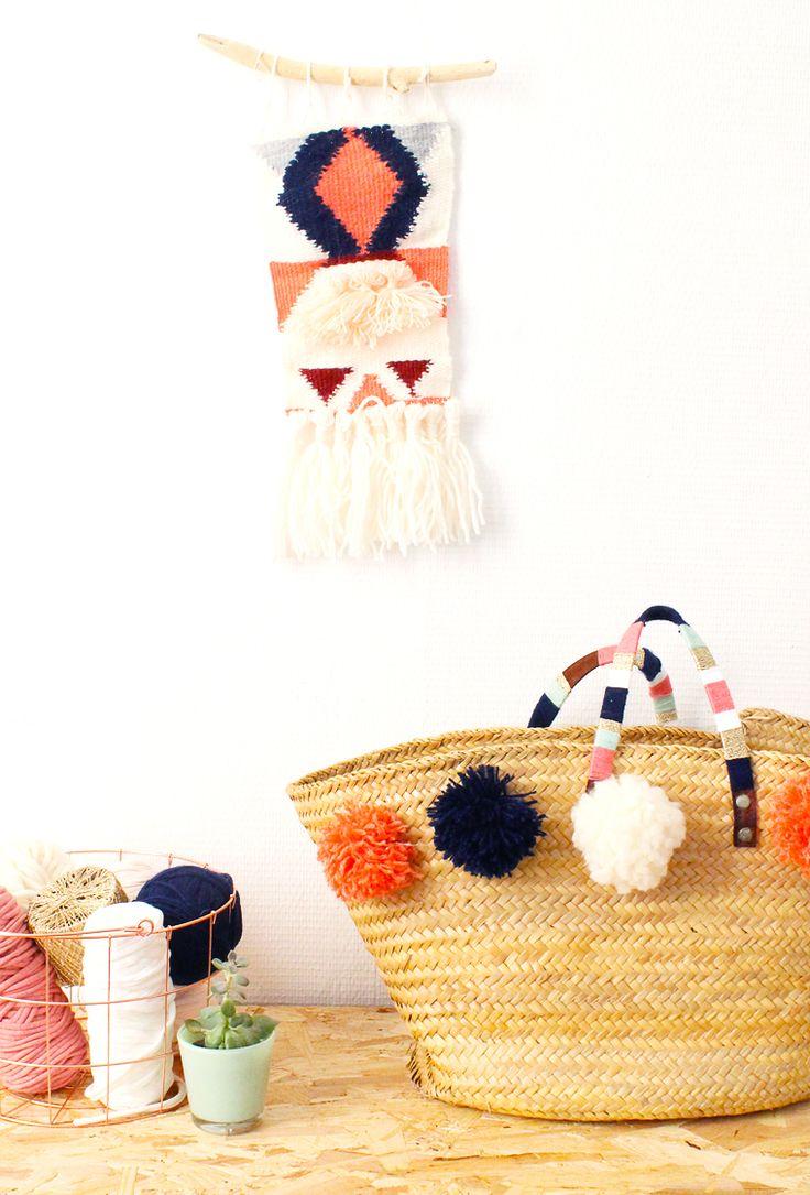 DIY panier en osier .  Un video pour donner un look de vacances à votre panier. Des pompons, de la laine ....