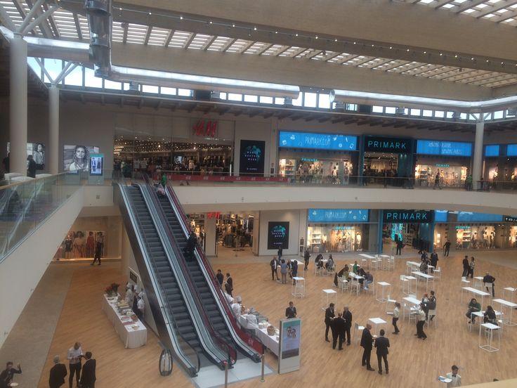 Emirati centro commerciale bancario islamico