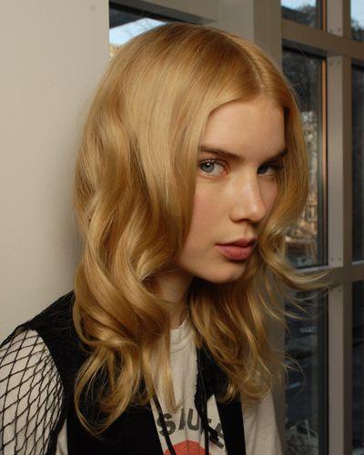 Стрижка каскад для волнистых волос