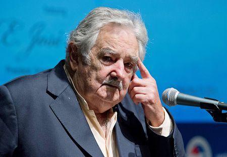 ウルグアイのムヒカ大統領=5月13日、ワシントン(AFP=時事) ▼1Jul2014時事通信|ムヒカ大統領、FIFA罵倒=スアレスの処分めぐり-ウルグアイ http://www.jiji.com/jc/zc?k=201407/2014070100089 #Jose_Mujica