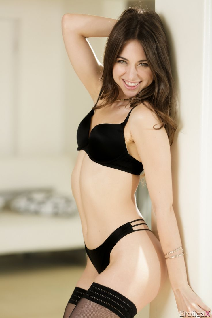 riley reid in panties
