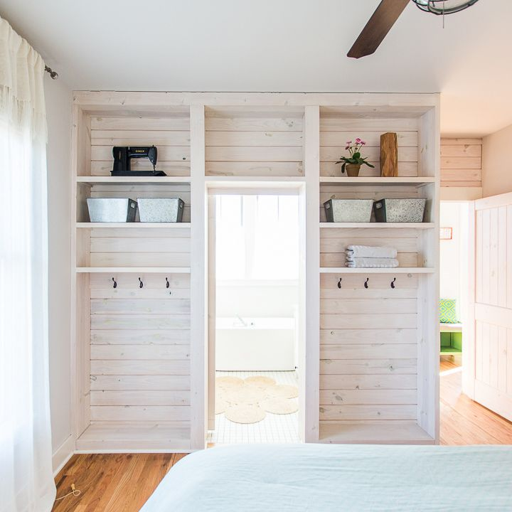 Check out today's home tour of this charming cottage in picturesque Carlton Landing on the shores of Lake Eufaula. This tiny home packs a major punch with smart design for small space living. With loads of vintage style, shiplap, a built in bunk room, and wood floors galore, you'll find plenty to inspire your next home design project. See the full tour at www.pencilshavingsstudio.com #newurbanism #tinyhouse #smallspaces #cottageliving #bungalow #southernliving #curbappeal...