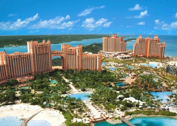 paradise island hotels resorts - Bahamas Resorts Hotels
