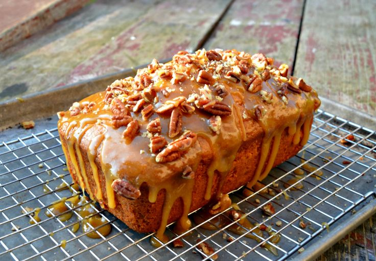 Apple Praline Bread http://www.homeinthefingerlakes.com/apple-praline-bread/