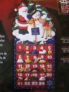 Navidad Corona Bucilla Apliques de Fieltro Calendario de Adviento Kit Felices Fiestas Adornos | eBay