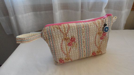Quilted Fabric Cosmetic Bag/Ladies Quilted Toiletry and Bath /Womens Quilted Zippered Bath and Beauty Bag/Quilted Travel Storage Bag